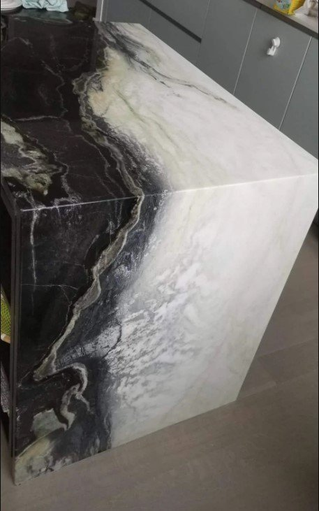 Black and White Quartzite