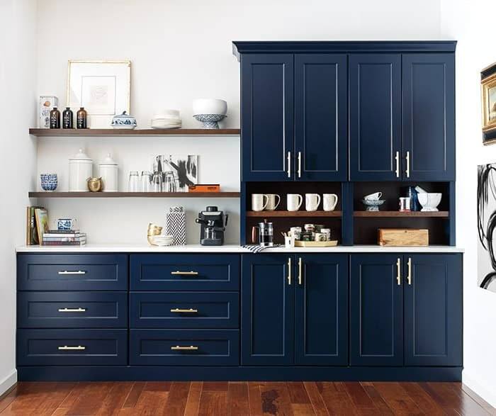 omega-cabinets-butlers-pantry-custom-blue-cabinets